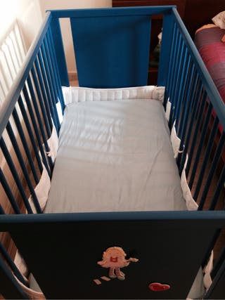 Cuna de bebe, Ikea, sin colchón
