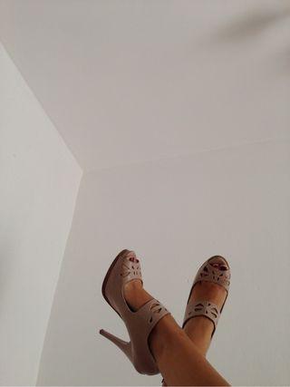 Por De 14 Zapatos Tacon Stradivarius Segunda Mano qww41XE
