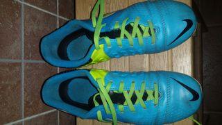 Botas de fútbol ag