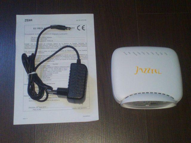 Router WIFI ZTE ZXHN H108N de segunda mano por 5 € en Alicante en
