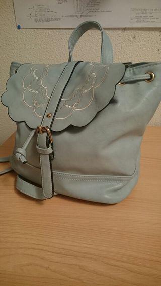 Bolso mochila de PIEL azul (Bordado)