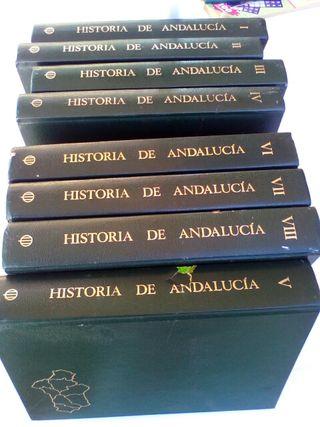 8 tomos de la Historia de Andalucia
