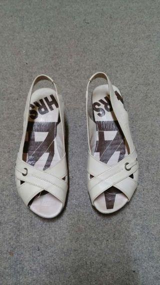 Sandalias de señora 24h