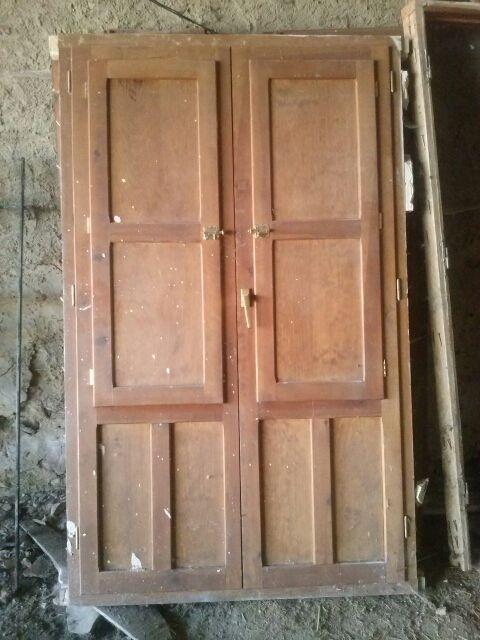 Puerta con ventanas climalit marco de madera nuevo de - Garajes de madera de segunda mano ...