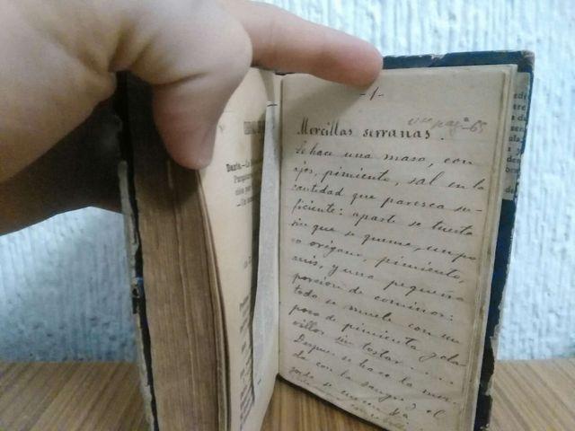 Libro antiguo de cocina