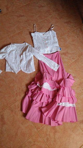 Falda flamenca con corpiño y chaqueta