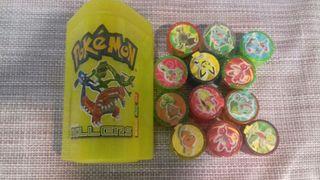 Bote para guardar rollers pokemon