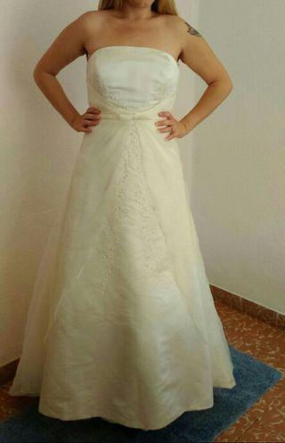 Vestidos de novia josephine castellon