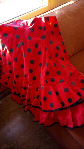Falda flamenco ,para6-7.niña