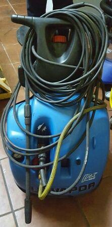 Máquina de lavado a presión trifasica