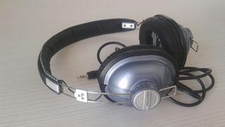 Cascos auriculares EARPOLLUTION