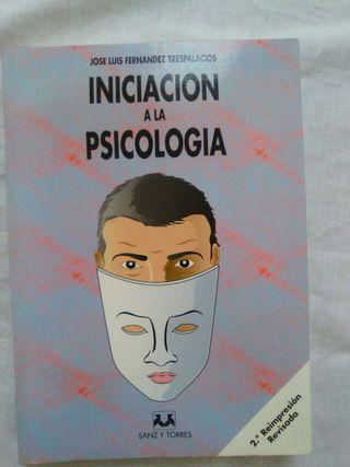 Libro iniciación a la psicología
