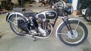 Triumph 350 cc.