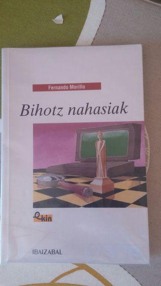 libro ESO Bihotz nahasiak