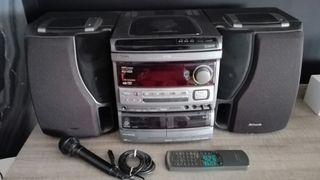 Minicadena AIWA - karaoke - microfono - altavoces