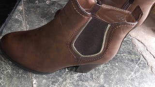 Botines marrón talla37