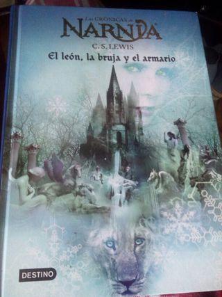 Dos libros de Narnia , negociable