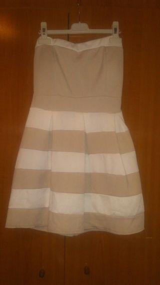 Vestido beige y blanco