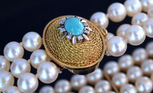Brazalete Perlas, oro 18 k, diamantes y turquesa