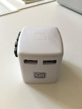 Cargador USB internacional de viaje