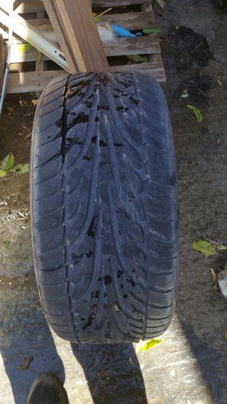 Dunlop 255/45R17 98w