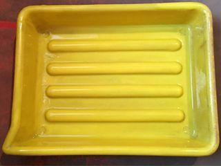Cubeta amarilla
