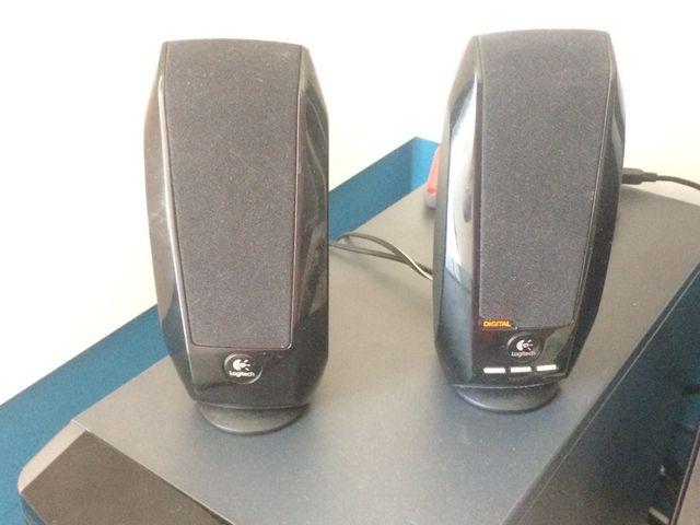 Altavoces usb logitech C330 audio 7.1
