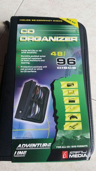 Organizador de piel 96 CD's