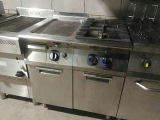 Cocina electrolux con fry top