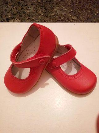 Zapatos rojos niña talla 20
