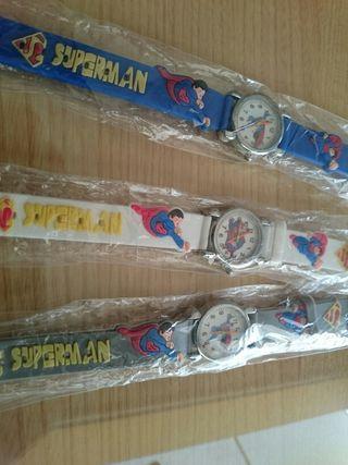 Lote de tres Relojes infantiles Superman.