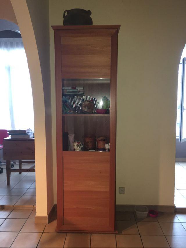 Muebles Comedor + Mesa de cristal con 4 sillas