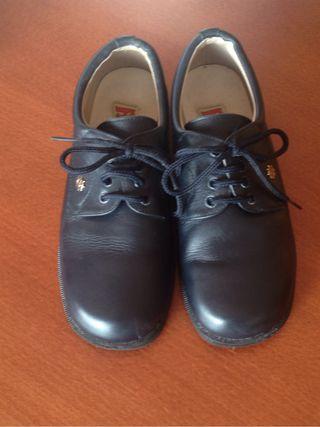 Zapato niño.