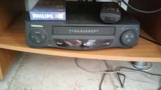 Video VHS DAEWOO Y cinta phillips nueva
