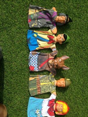 Marionetas nuevas. Cuento de Caperucita.