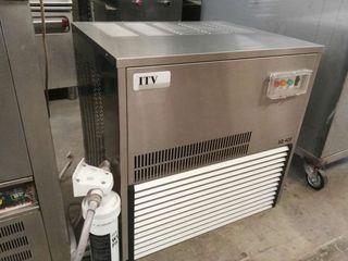 Maquina hielo de escamas Itv IQ400