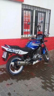 suzuki GS500 2007