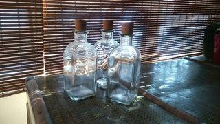 Botellas rústicas