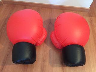 2 Guantes de boxeo inflables