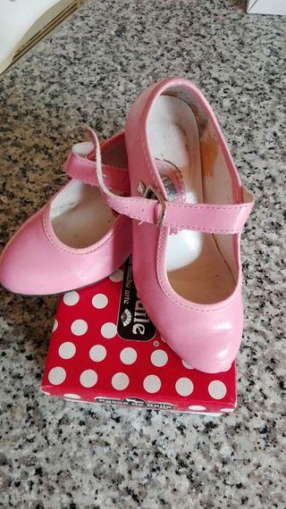 852b7164f Zapatos flamenco para niña de segunda mano en Fuengirola en WALLAPOP