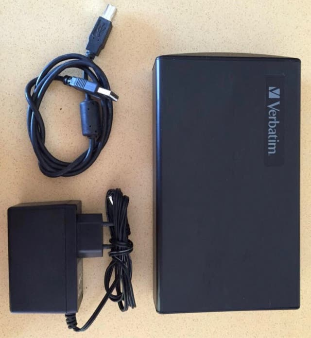 Disco duro Externo - 500 GB - VERBATIM