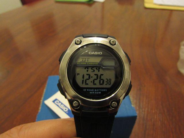 Reloj digital CASIO unisex NUEVO