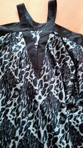 Vestido de raso.T.L.blanco y negro