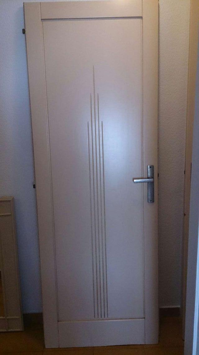 2 Puertas Blancas Roto De Madera Macizas Una Con De