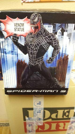 Venom statue spiderman 3