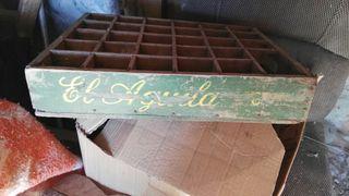 Cajas antiguas de cervezas el aguila,mirinda.