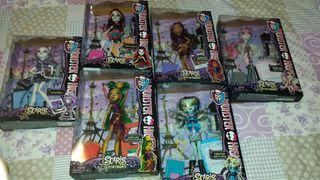 Muñecas monster high coleción viaje.