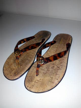 Sandalias Michael Kors autenticas sin usar