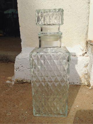 Botella de cristal antigua