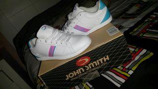Zapatillas deportivas Jhon Smith.